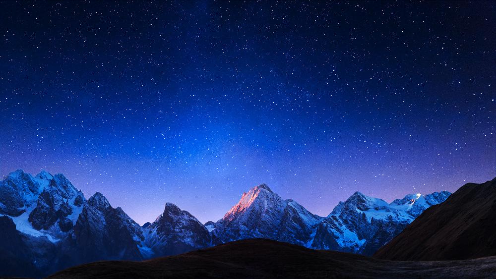 Autoritatea Creatorului nu este constrânsă de timp, spațiu sau geografie și autoritatea Creatorului este inestimabilă