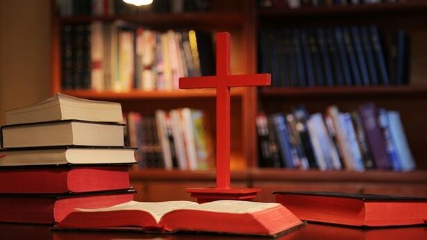 Întrebare 2: Adevărurile din Biblie sunt deja complete. Biblia ne e suficientă pentru credința noastră în Dumnezeu. Nu avem nevoie de niciun cuvânt nou!